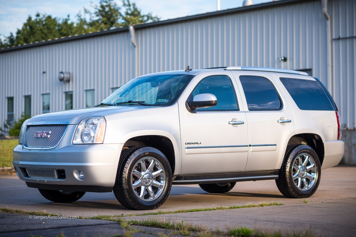 Yukon-Denali-for-sale-serges-auto-sales-scranton-2011-2012-car-dealer-blakely-3