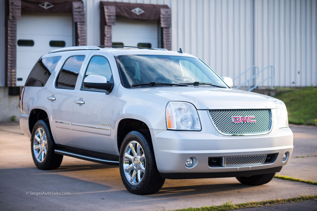 Yukon-Denali-for-sale-serges-auto-sales-scranton-2011-2012-car-dealer-blakely-10