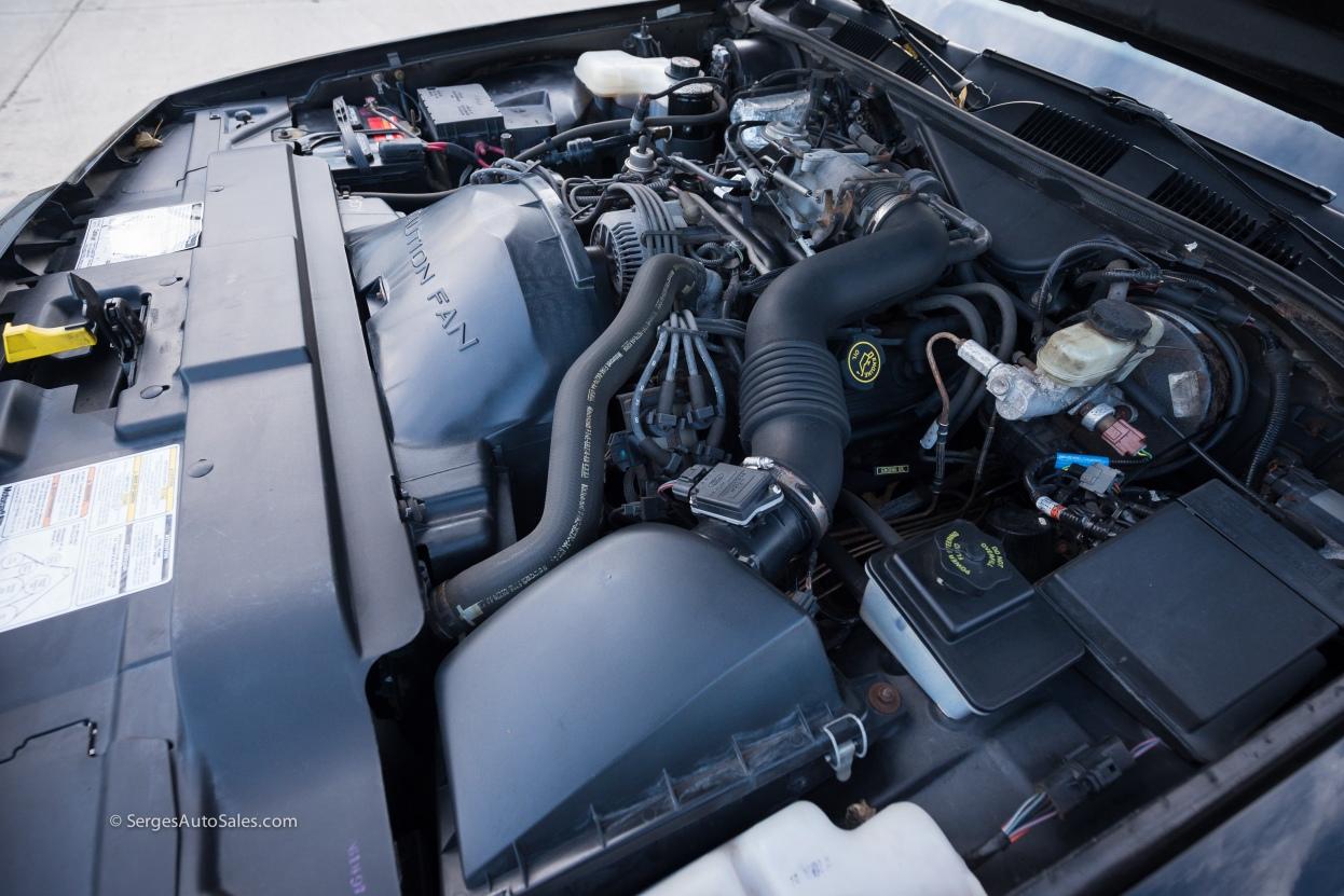 Lincon-town-car-for-sale-classic-1997-serges-auto-sales-pennsylvania-56