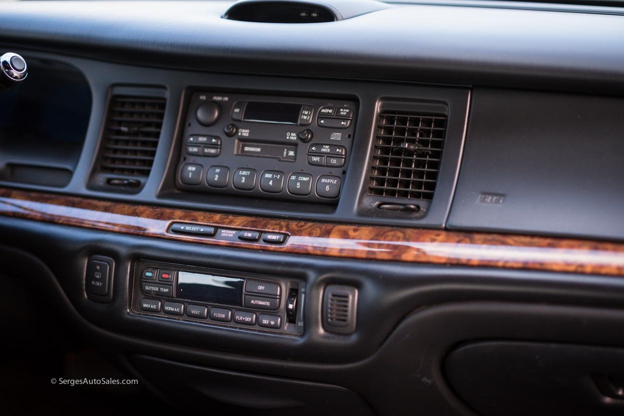 Lincon-town-car-for-sale-classic-1997-serges-auto-sales-pennsylvania-33