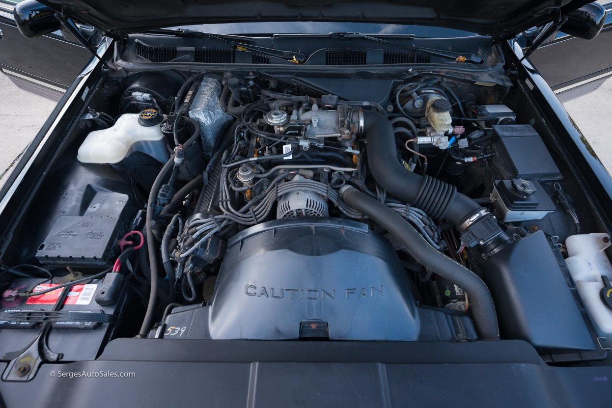 Lincon-town-car-for-sale-classic-1997-serges-auto-sales-pennsylvania-54