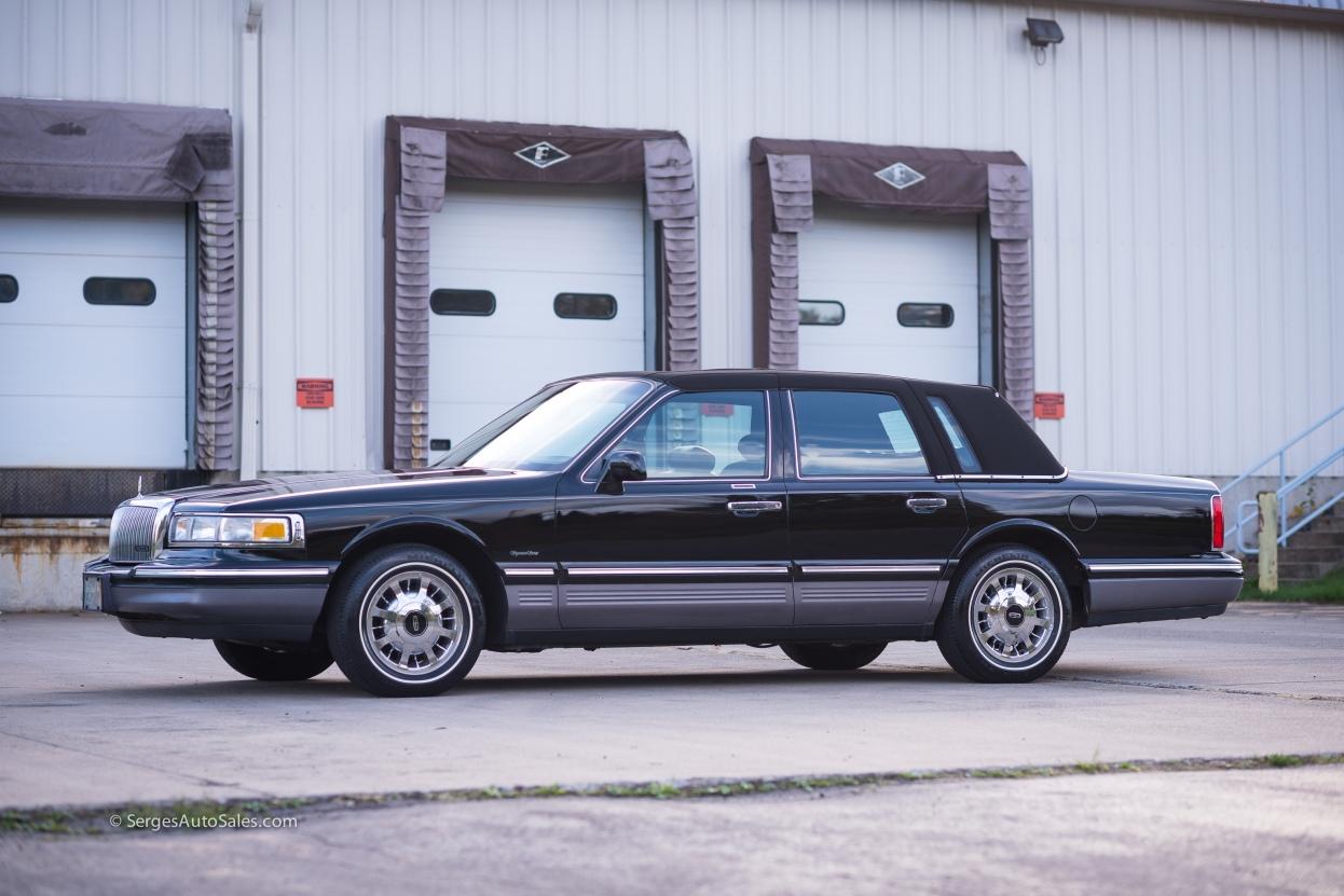 Lincon-town-car-for-sale-classic-1997-serges-auto-sales-pennsylvania-9