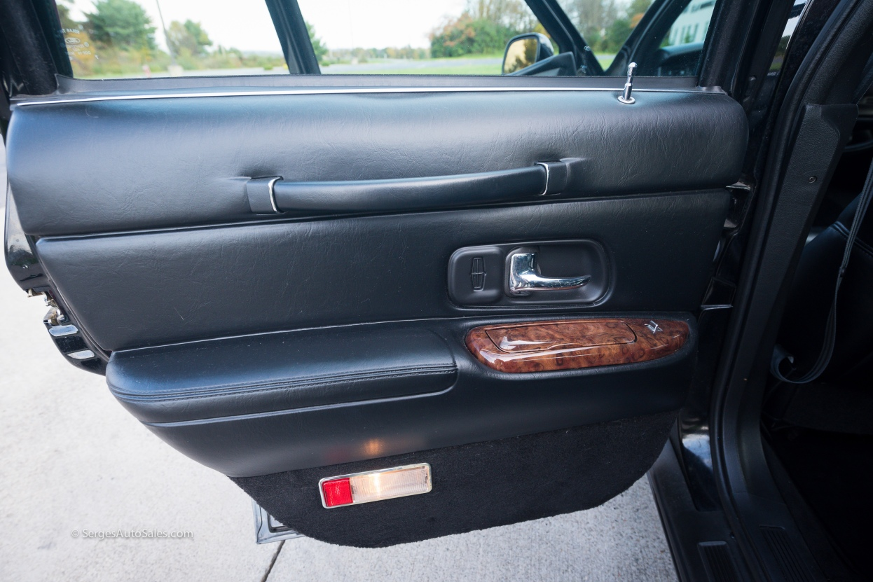 Lincon-town-car-for-sale-classic-1997-serges-auto-sales-pennsylvania-49
