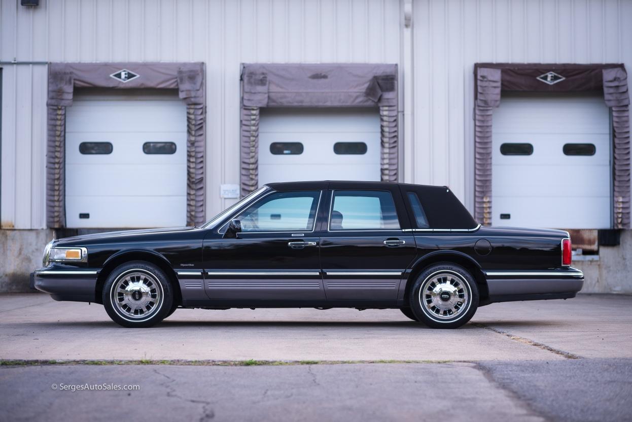 Lincon-town-car-for-sale-classic-1997-serges-auto-sales-pennsylvania-10