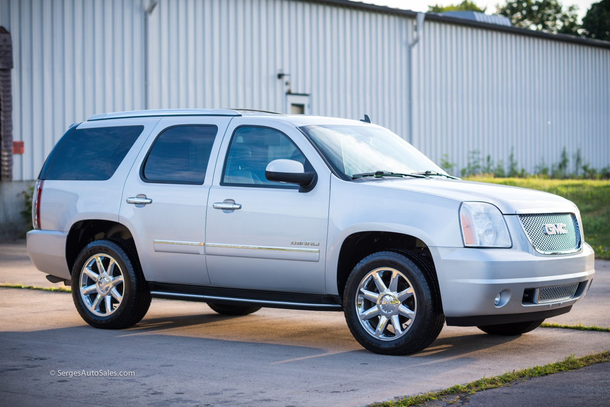 Yukon-Denali-for-sale-serges-auto-sales-scranton-2011-2012-car-dealer-blakely-9