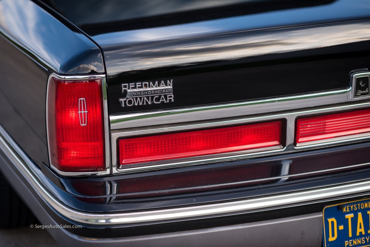 Lincon-town-car-for-sale-classic-1997-serges-auto-sales-pennsylvania-19