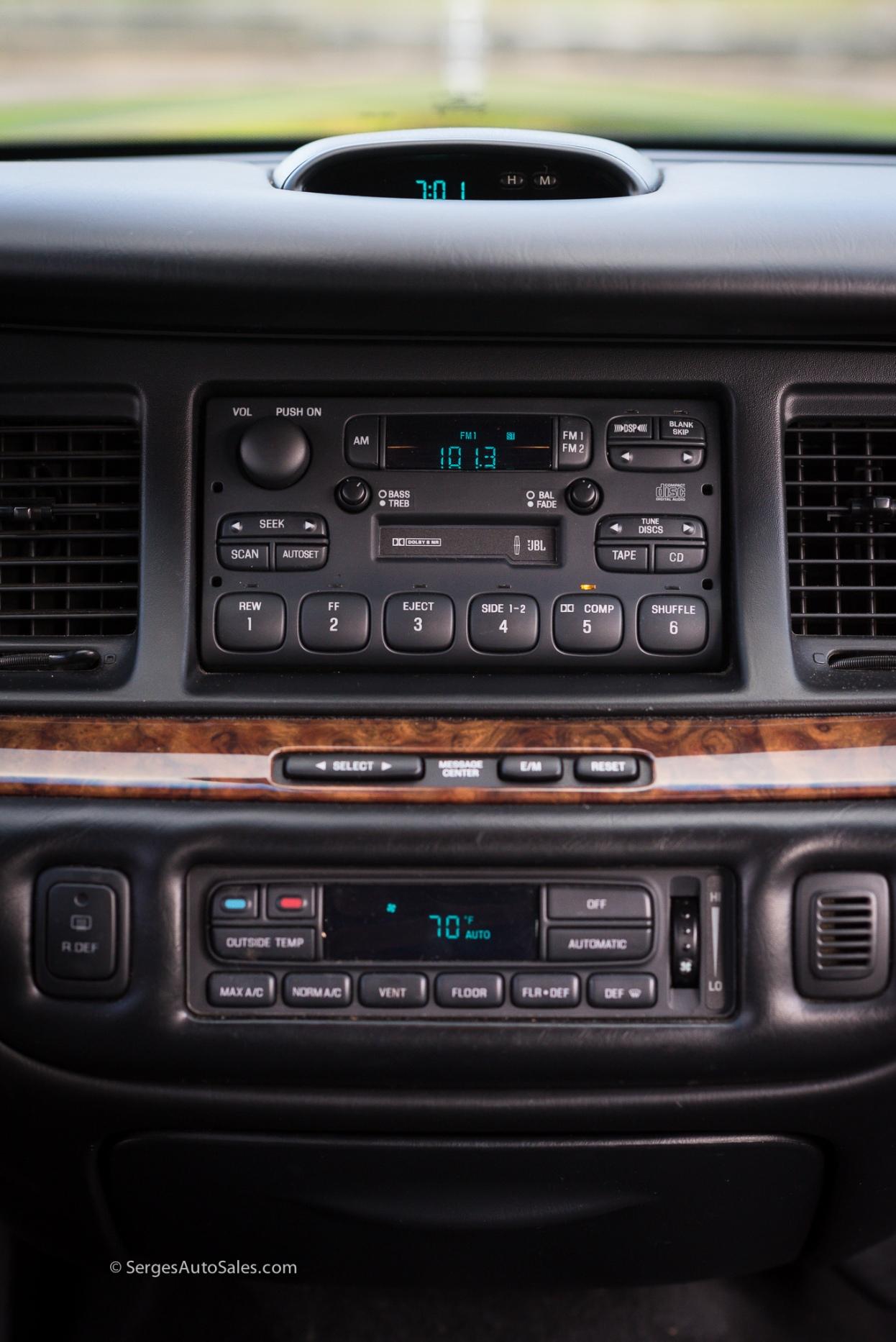 Lincon-town-car-for-sale-classic-1997-serges-auto-sales-pennsylvania-37