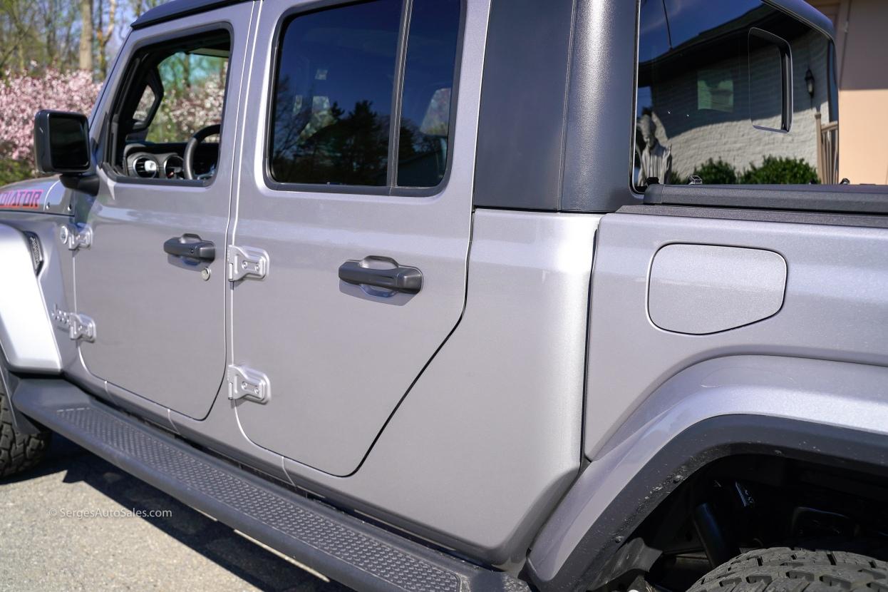 2020-jeep-gladiator-10