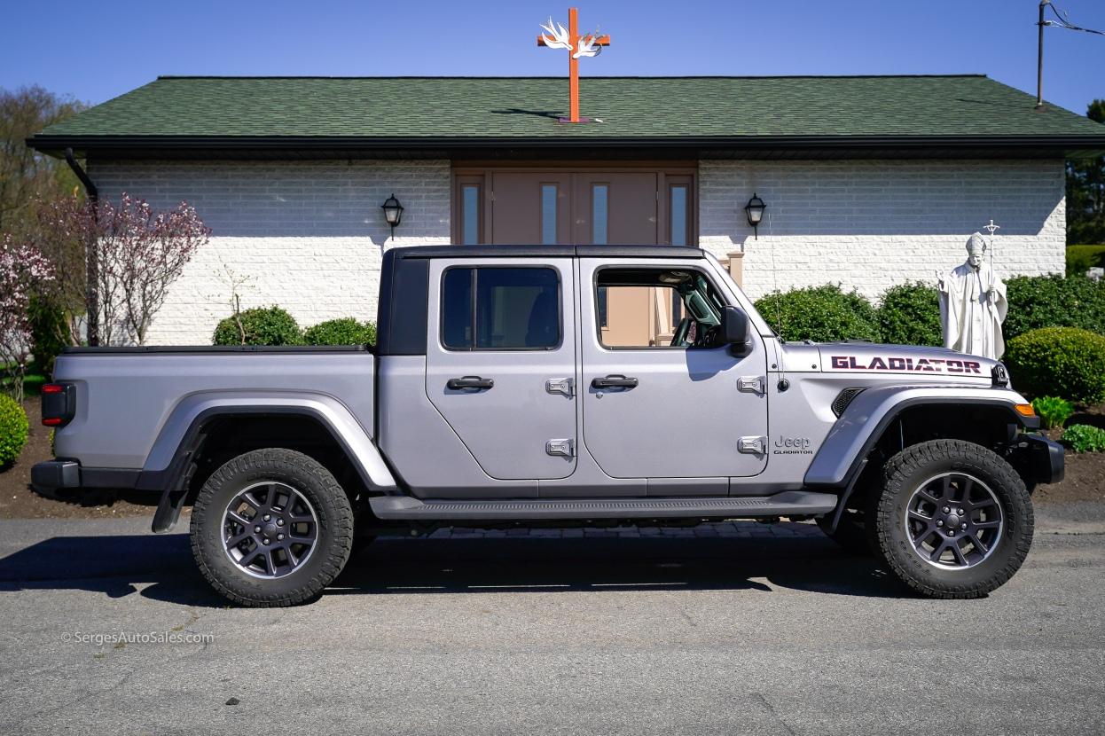 2020-jeep-gladiator-17