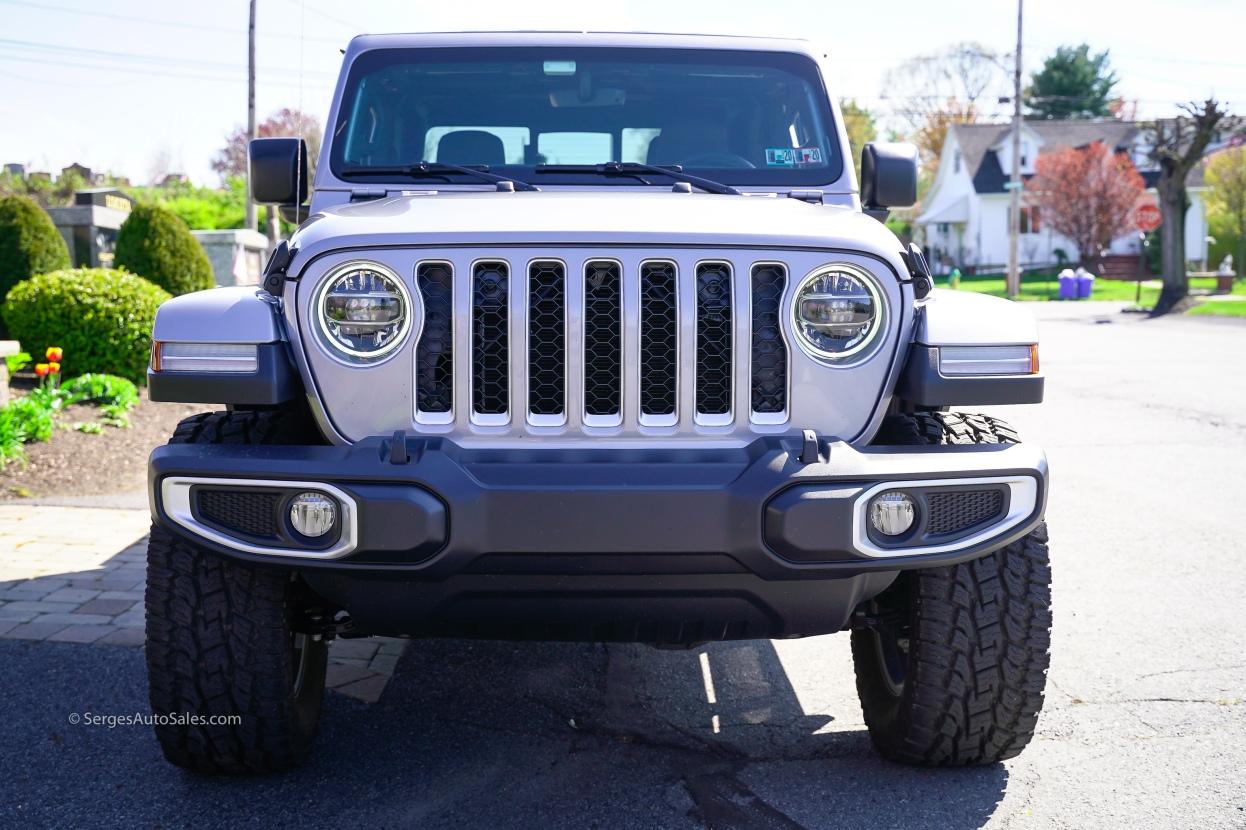 2020-jeep-gladiator-7