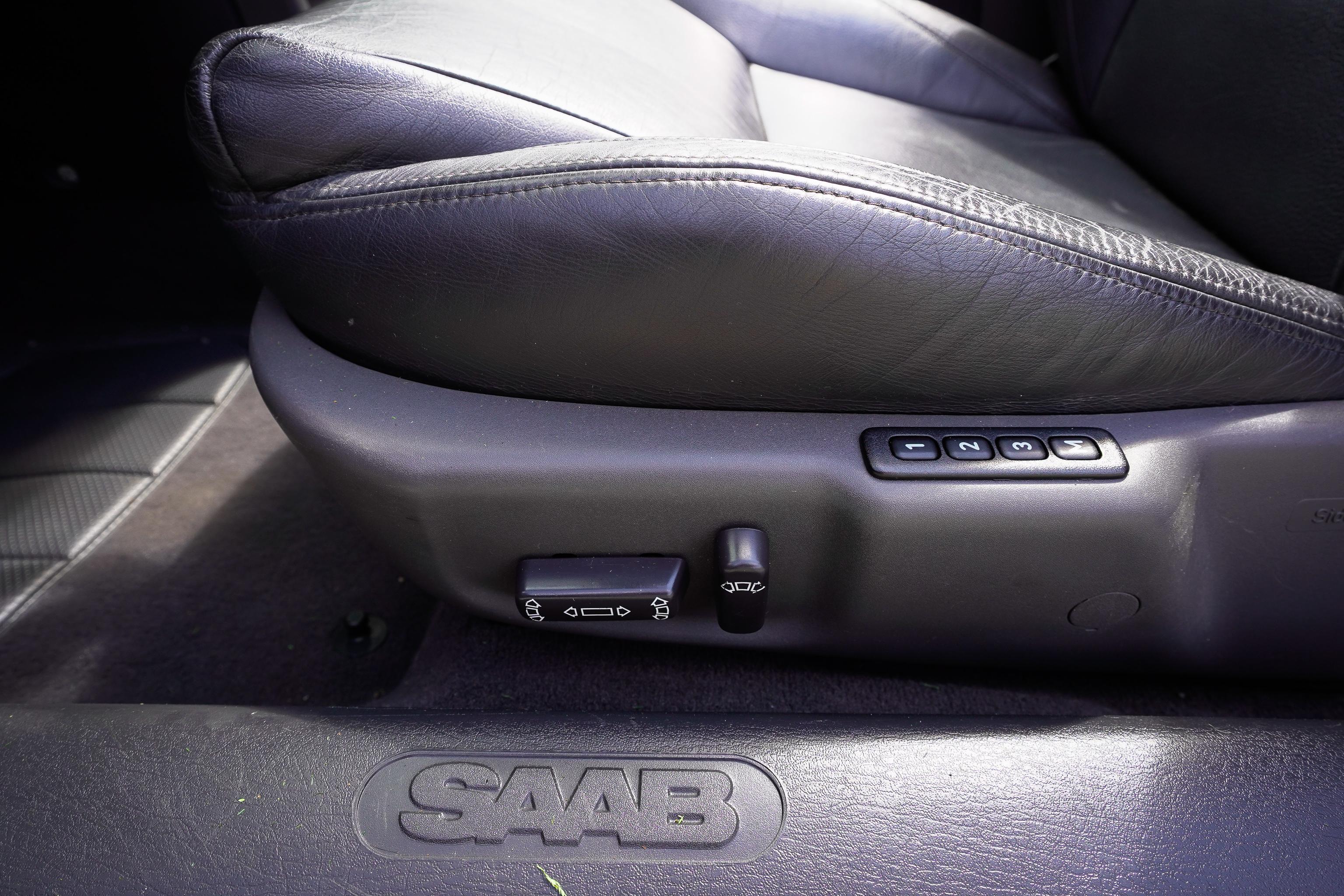 2003-Saab-93-Convertible-Se-52
